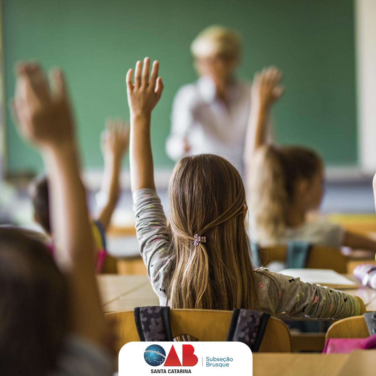 OAB de Brusque se manifesta sobre o pagamento das mensalidades escolares diante da suspensão das atividades em virtude do Coronavírus