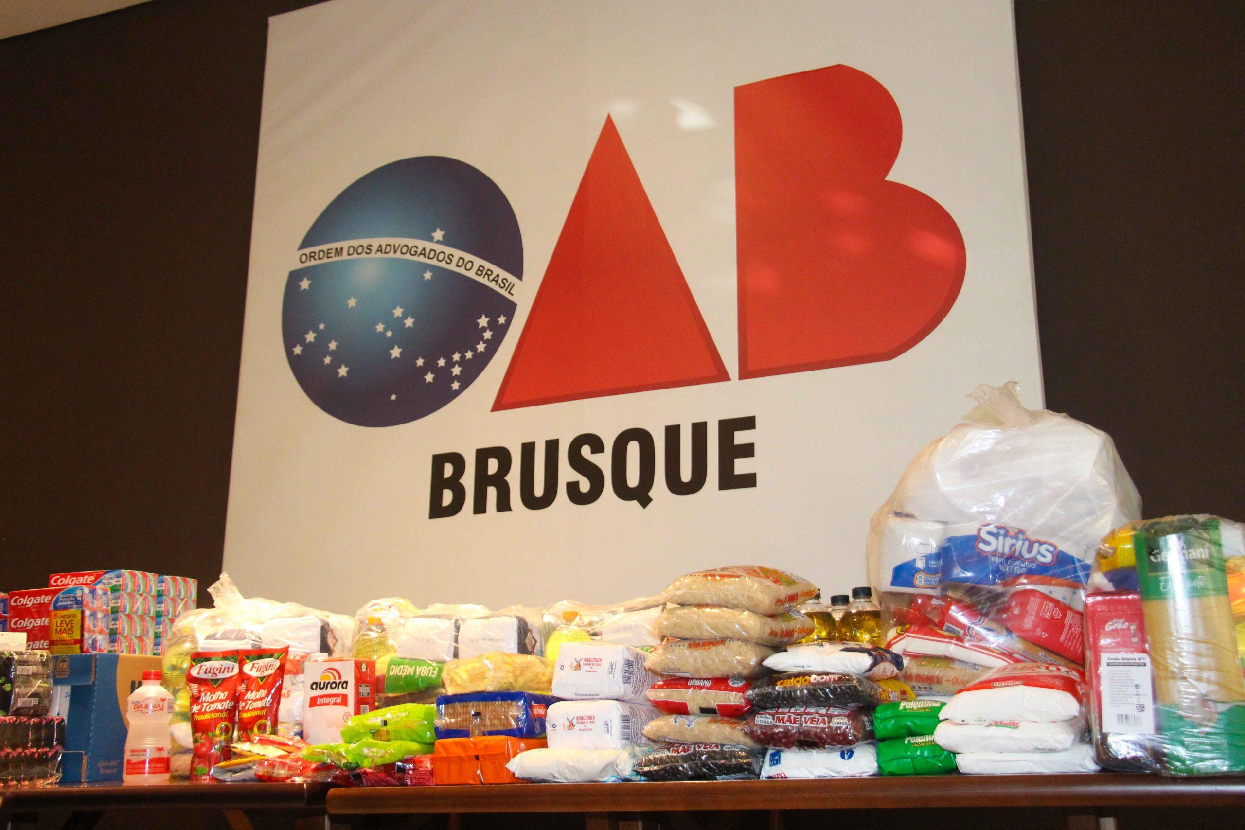 OAB de Brusque destina alimentos arrecadados à Ação Social