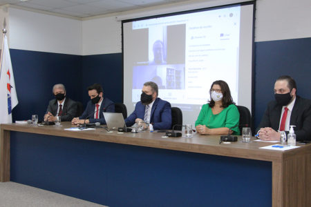 OAB de Brusque e entidades, em movimento inédito, apresentam novo oficial interventor do Cartório de Registro de Imóveis da Comarca de Brusque