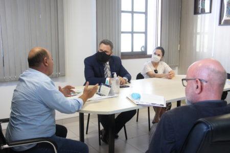 OAB de Brusque tem resposta positiva da prefeitura sobre cobrança proporcional de ISS a profissionais liberais